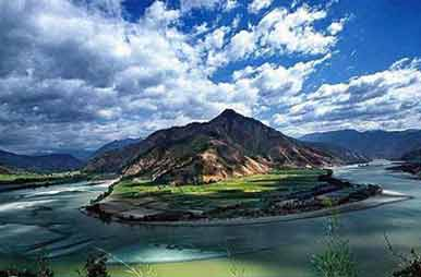 First Bend of the Yangtze River - Lijiang Tour Attraction